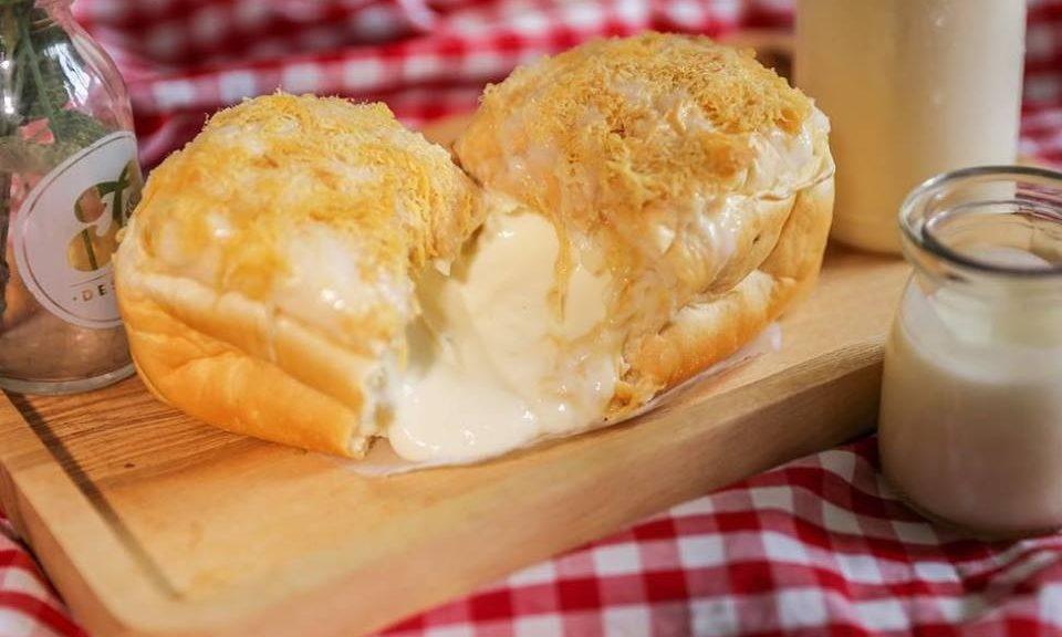 Cách làm bánh mì nhân phô mai siêu hot